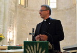 WCC general secretary Tveit preaching in Jerusalem