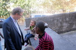 Rev. Dr Olav Fykse Tveit meets children from the Abya Yala project
